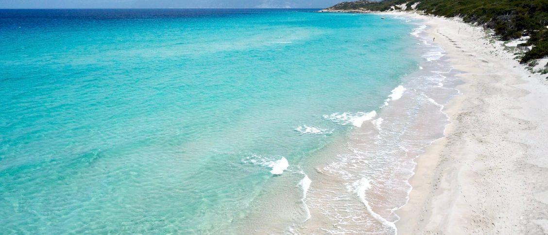 La plage paradisiaque de Saleccia en Corse