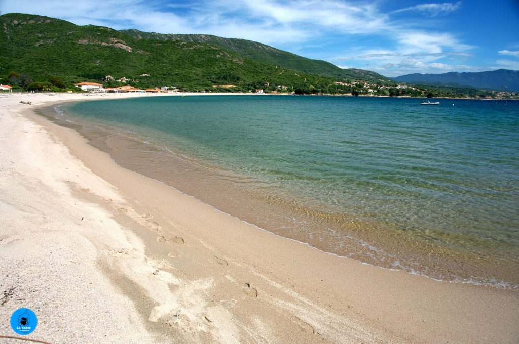 La plage de Sagone