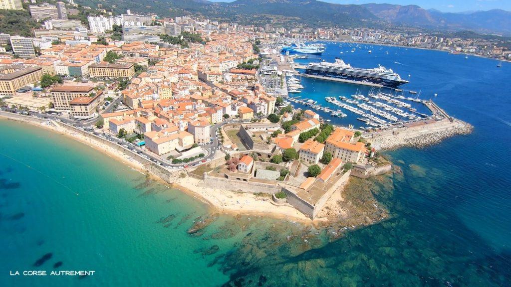La ville d'Ajaccio en Corse