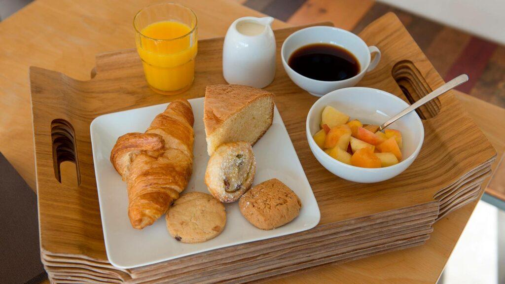 le petit dejeuner artemisia